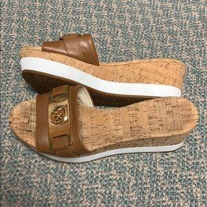 Michael Kors MK platform slide slippers